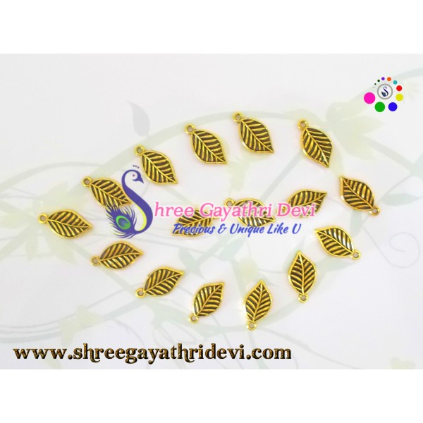 ANTIQUE CHARMS - GOLD - SGCH19 - 20MM